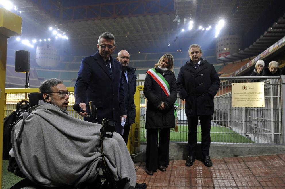 il Presidente Nazionale UILDM Marco Rasconi alla cerimonia per la targa dedicata a Francesco Gallone,