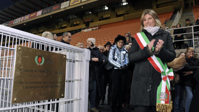 L'Assessore Guaineri inaugura la targa dedicata a Francesco Gallone,